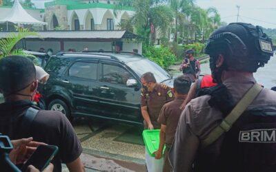Selidiki Kasus Dugaan Korupsi, Kejari Tanbu Geledah Kantor Perusda Batulicin Jaya Utama